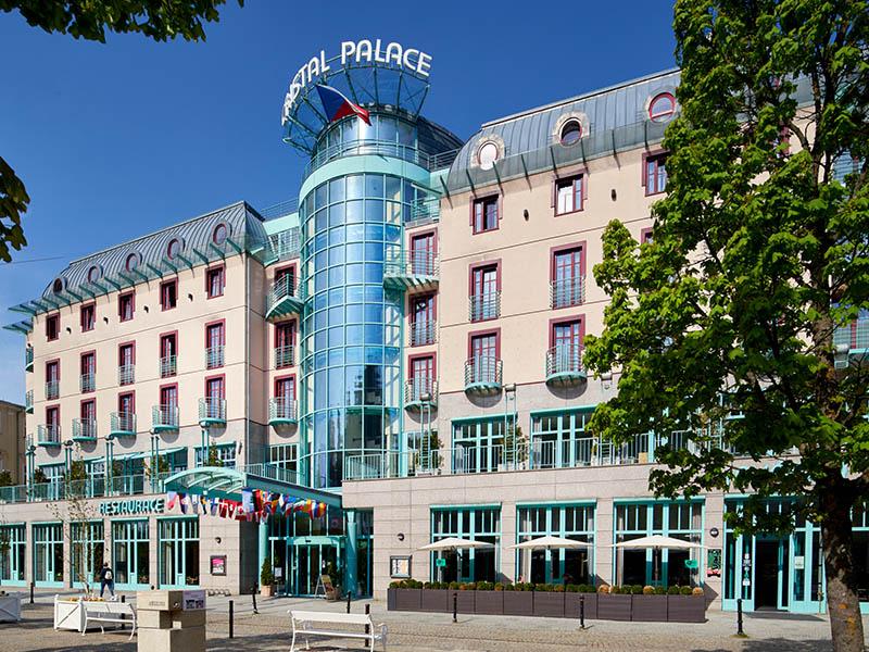 01. Exterier hotel Cristal Palace=Exterier Hotel Cristal Palace