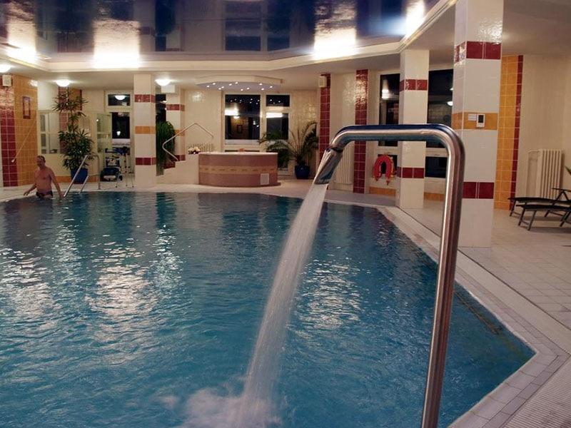 09. Bazén hotel Royal=Schwimmbad Hotel Royal