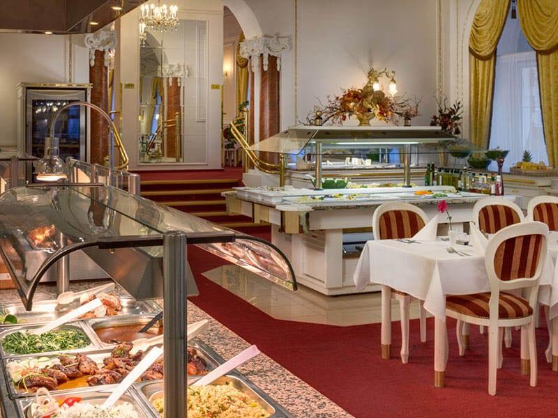 27. Restaurace hotel Hvězda=Restaurant Hotel Hvězda